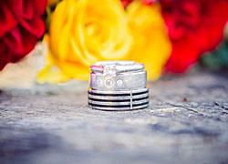 Auch die Ringe gehören zu den Hochzeitsmotiven; Bildquelle: Karin Ahamer