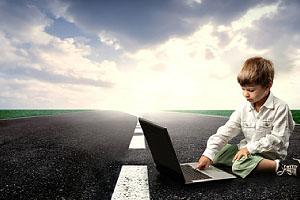 Wie soll ich mein Kind an soziale Netzwerke heranführen?; © olly - fotolia.com