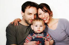 Familie - ein starkes Team; Bildquelle: istockphoto, Lise Gagne