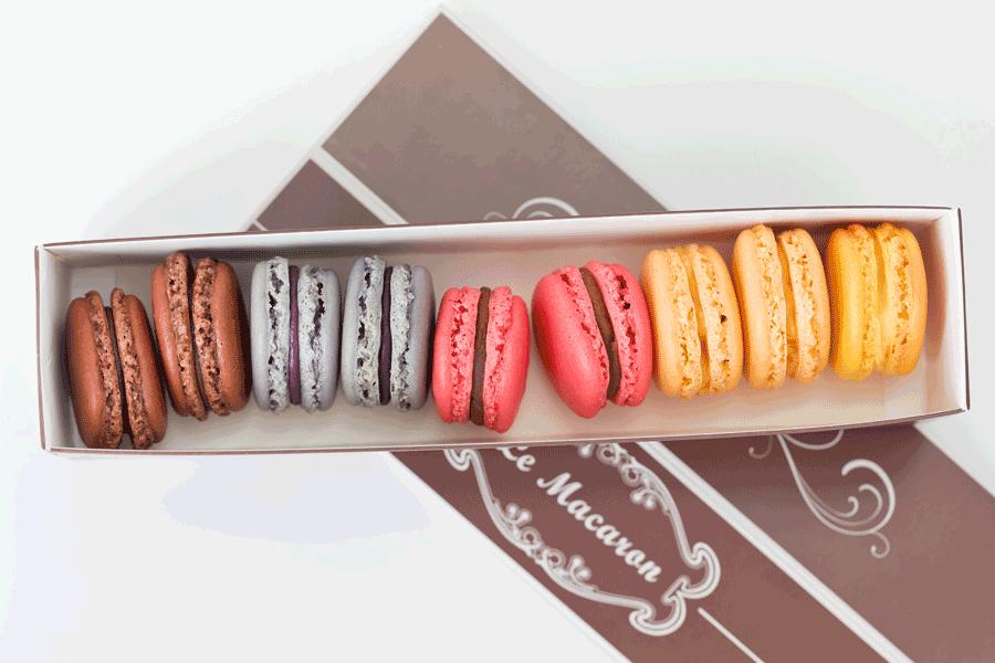 Geschenkbox mit 8 Macarons aus der Macaronmanufaktur