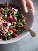 Rote Bete Salat mit Cashewkernen und Feta