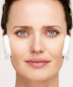 Mit Slendertone kannst du die Gesichtsmuskulatur trainieren