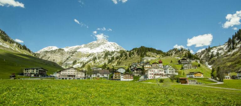 Urlaub am Arlberg - Tradition trifft Spaß