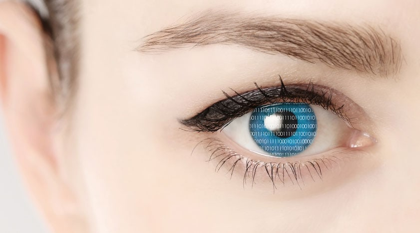 Die Haut um die Augen braucht besondere Pflege