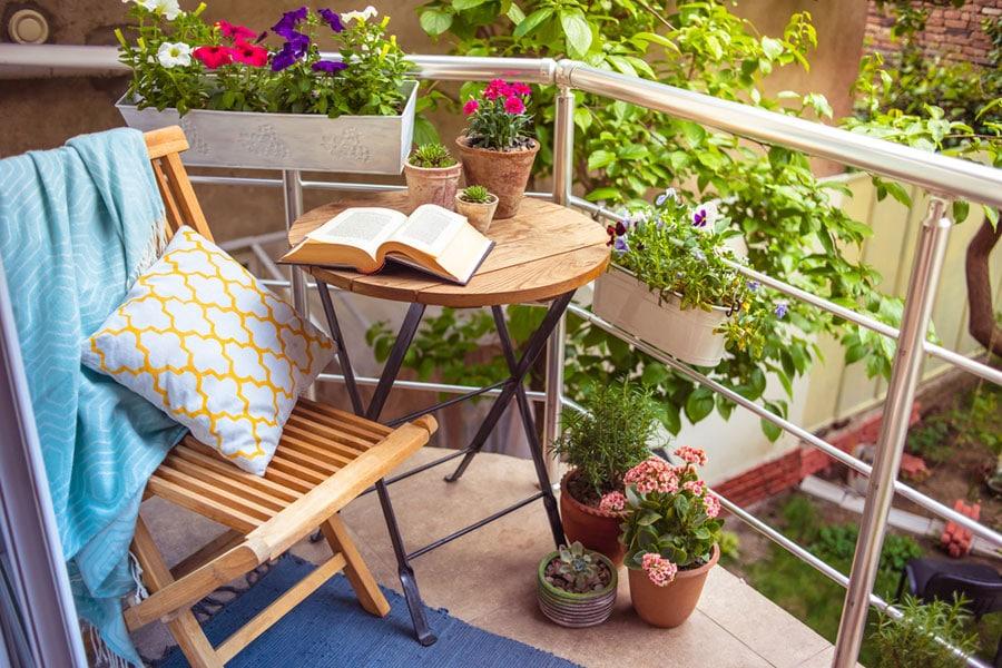 So werden Wohnung und Balkon wieder sommerfit