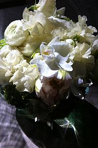 Klassisch, aber modern: Brautstrauß von Blumenkraft