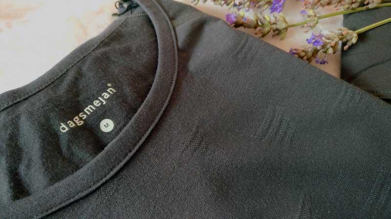 Beim dagsmejan Schlafanzug gibt es kein Etikett im Rückenteil. © Women30plus