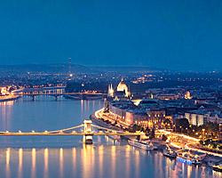 Dinner am Wasser mit Donaureise; © www.donaureisen.at
