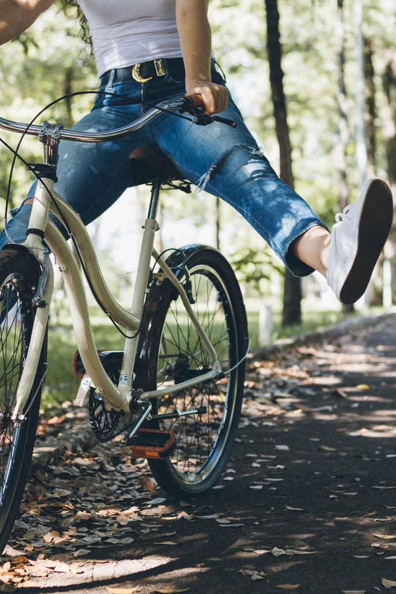 Bevor du im Frühling mit dem Fahrrad losbraust, mach einen gründlichen Check. © pexels