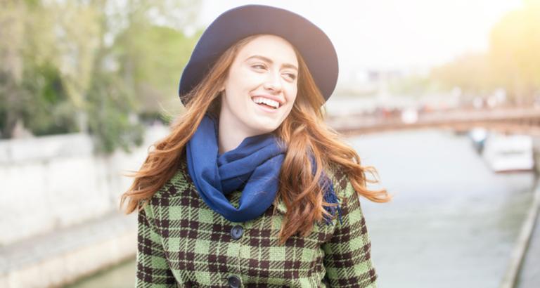 Die neuen Modefarben und Trends im Herbst – perfekte Outfits fürs Büro