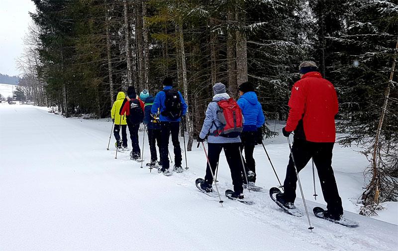 Ein besonderes Erlebnis: geführte Schneeschuhwanderung vom Hotel Steirerhof