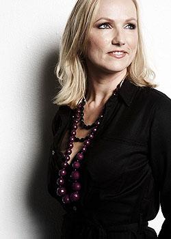 Karen Rohweder vertreibt mit kidneykaren stylische Hüft- und Nierenwärmer; Bildquelle: kidneykaren