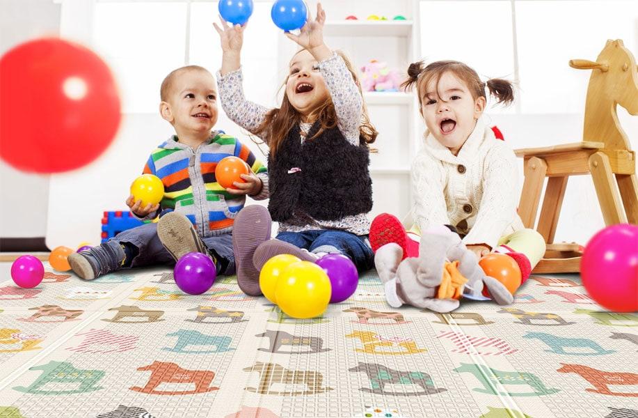 Spaß und Komfort beim Spielen auf dem Boden