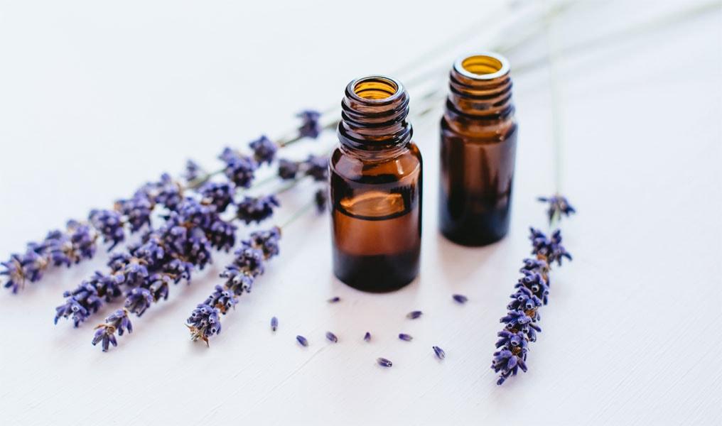 So profitiert deine Haut von Lavendelöl