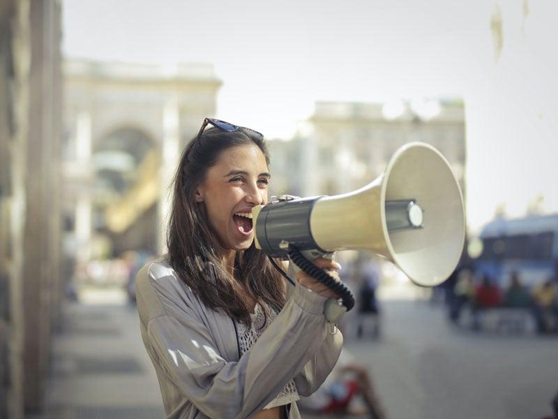 Kunden gewinnen: Bring deine Themen mit PR in die Welt