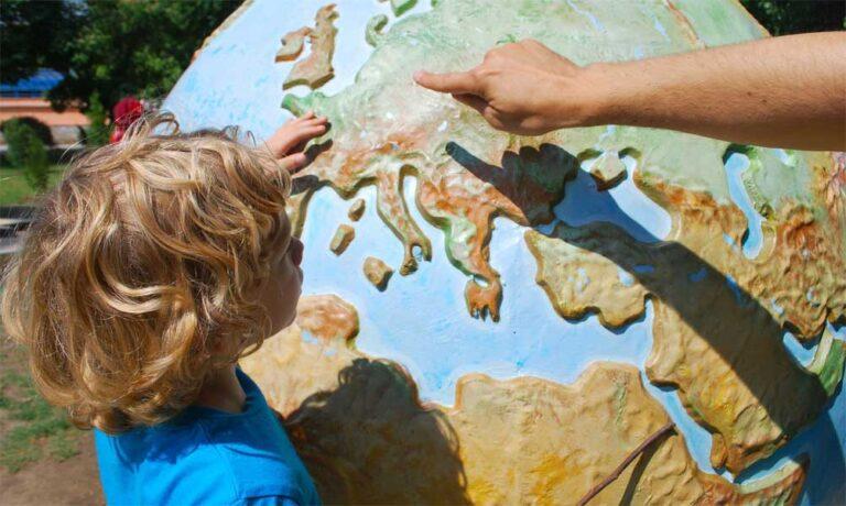 Reisen mit Kindern: das passende Equipment