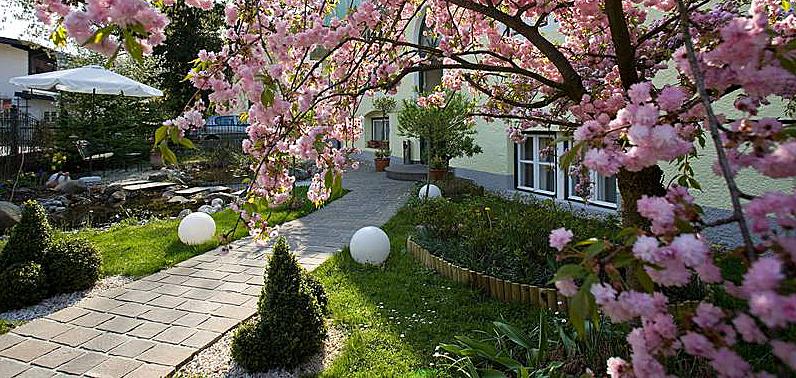 Eingangsbereich der Rosenvilla