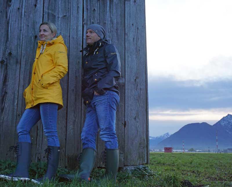 Die Schmuddelwedda Klassiker in gelb und marine