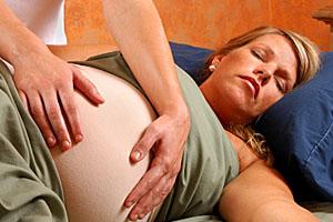 Immer mehr Frauen entscheiden sich für spätes Mutterglück; Bildquelle: istockphoto, alwekolo