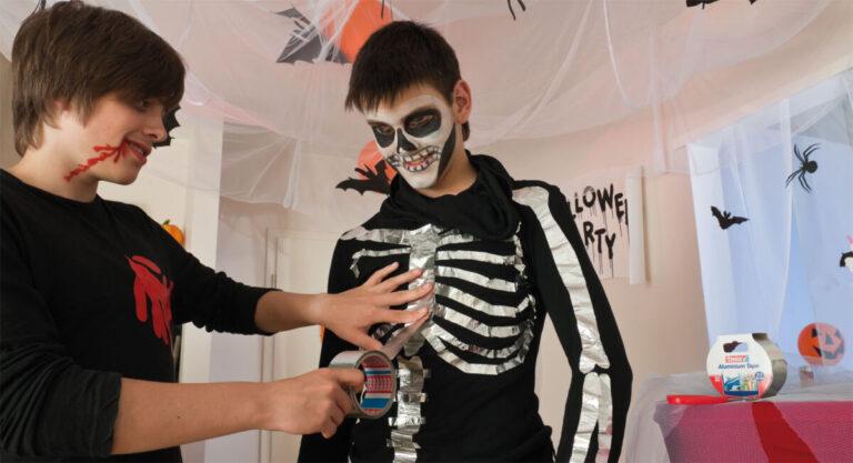 Halloween-Kostüm Anleitung für eine Skelett-Verkleidung