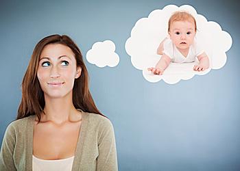 Immer mehr Frauen verschieben ihren Kinderwunsch nach hinten; Bildquelle: detailblick-foto - fotolia.com