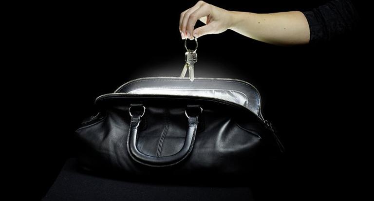 SOI - das automatische Handtaschenlicht