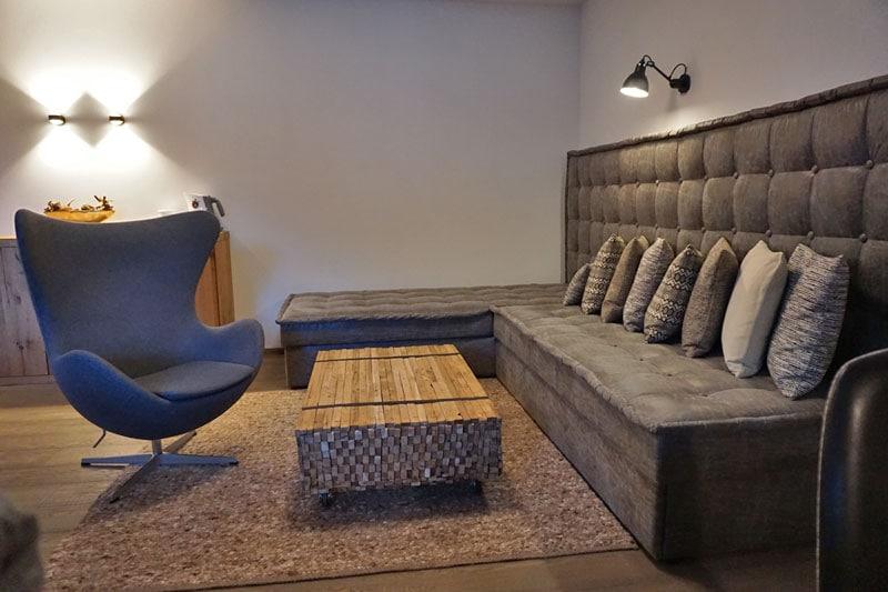 Loungebereich in unserer Suite © Heike Wallner
