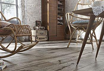 Laminat - einem echten Holzboden täuschend ähnlich; Bildquelle: Parkett-Store 24