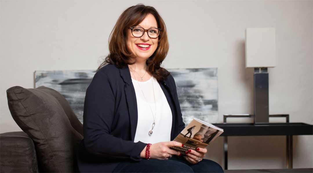 Im Interview gibt Gründungsexpertin Mona Wiezoreck Tipps zum erfolgreichen Gründen © Mona Wiezoreck