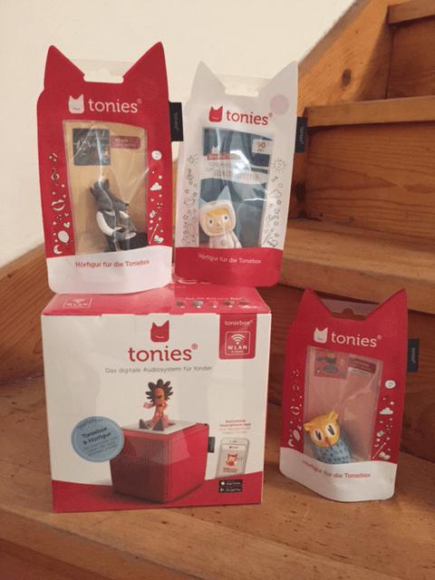 Toniebox mit verschiedenen Tonies