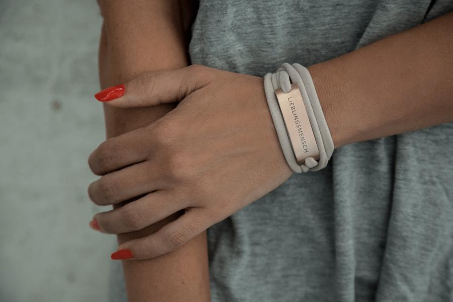 Stylisches Statement-Armband von VIENNINA