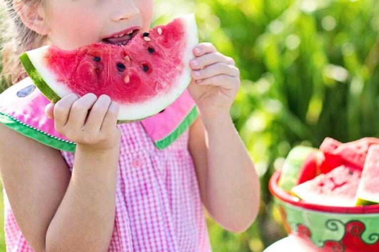 Leichtes Sommerrezept: Gegrillte Wassermelone mit Serrano-Schinken