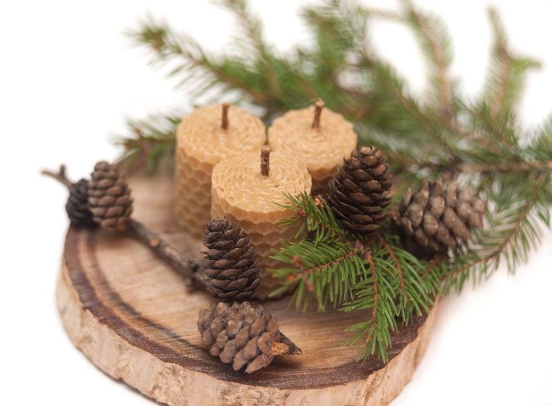 Weihnachtliche Deko aus Naturmaterialien
