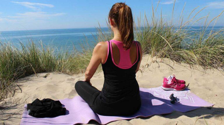 3 Yoga-Positionen und ihre Wirkung