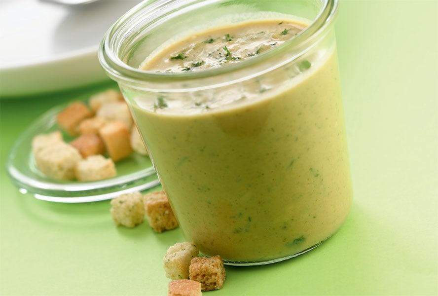 Schnelle Rezepte fürs Büro: Zucchini-Rahmsuppe
