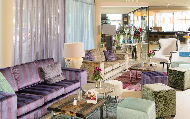 Aviva Hotel