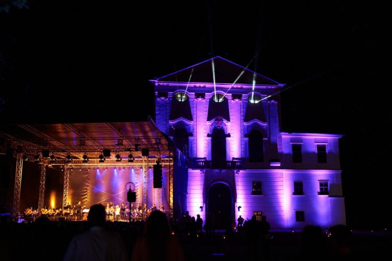 Symphonic Rock auf Schloss Kirchstetten im Kultursommer Österreich